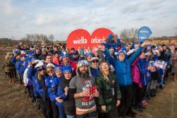 Ludzkie serce łomżyńskich morsów na plaży miejskiej podczas 28. rekordowego finału WOŚP-u