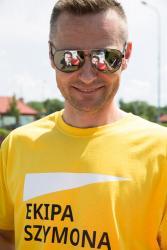 Kandydat na prezydenta Szymon Hołownia przyjechał do Łomży. N/z radny Zbigniew Prosiński.