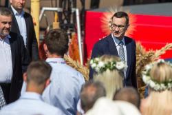 Premier Mateusz Morawiecki podczas Święta Wdzięczni Polskiej Wsi w Kolnie