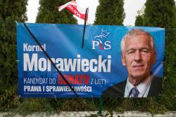 Podczas kampanii zmarł kandydat na senatora, były działacz niepodległościowy, ojciec premiera Kornel Morawiecki.