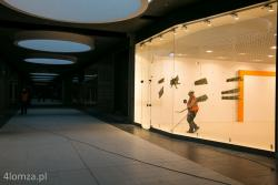 Ostatnie prace przed otwarciem pierwszej w Łomży Galerii Handlowej.