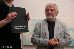 Noc Muzeów n/z Jan Dobkowski jeden z najwybitniejszych polskich malarzy współczesnych rodem z Łomży.