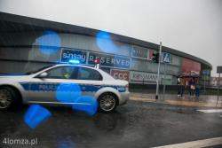 Łomża, fałszywy alarm bombowy w Galerii Veneda oraz we wszystkich restauracjach McDonalds w Polsce.