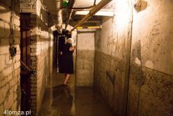 Po deszczu do piwnicy bloku przy ul.Porucznika Łagody woda wlewała się przez okienka. Jej poziom sięgnął 160 centymetrów.