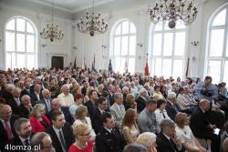 Jubileusz 400-lecia najstarszej szkoły średniej w Łomży. Absolwenci i goście zjeżdżali się do I LO dosłownie z całego świata. Szkoła przywitała ich w pięknie odrestaurowanej auli.