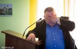 Józef Sulima, dyrektor Podlaskiego Zarządu Dróg Wojewódzkich podczas konsultacji społecznych w Gminie Łomża przebiegu dwóch obwodnic: Konarzyc i Starych Kupisk.