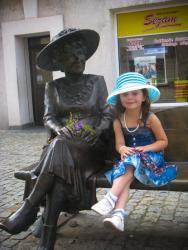 Ania Staszek na ławeczce Hanki Bielickiej, Łomża 2012 rok