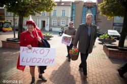 Tradycyjnie P1-go Maja pani Anna Jakubowska organizuje marsz pierwszomajowy.