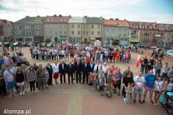 Kotwica Polski Walczącej ułożona przez mieszkańców w rocznicę wybuchu Powstania Warszawskiego.
