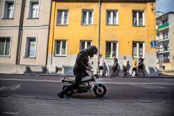 Motoserce i parada motocykli ulicami miasta.