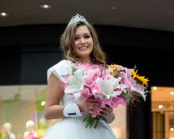 Natalia Gawek, 19-letnia studentka kosmetologii w Państwowej Wyższej Szkole Informatyki i Przedsiębiorczości w Łomży Miss PWSiIP i Galerii Veneda,