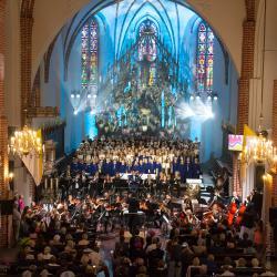 600-lecie lokacji Łomży Filharmonia Kameralna im. Witolda Lutosławskiego uczciła uroczystym koncertem muzyki polskiej.