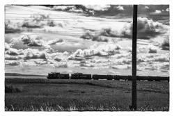 Pociąg do Łomży w okolicach wsi Konopki Młode.