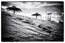 Niski poziom Narwi. Plaża miejska.